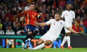 Thất bại trước Tam Sư, Tây Ban Nha lập kỷ lục tệ hại