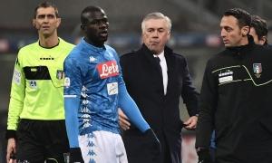 XONG! Thua Arsenal, Ancelotti báo giá Koulibaly 'kinh hoàng' đến M.U