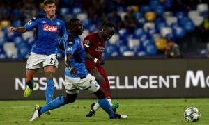 Làm lu mờ Van Dijk, 'quái thú' Napoli cho thấy mình 'ngon không kém'