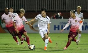 Vì sao hơn một nửa ĐT Việt Nam chạy trốn 'lưỡi hái tử thần' tại V-League?