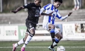 Văn Hậu kiến tạo thành bàn giúp Heerenveen giành chiến thắng