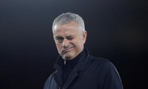 Lộ 3 hợp đồng trong ngày Mourinho tái xuất