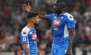 Làm loạn bất thành, dàn sao Napoli nhận án phạt cực sốc