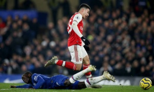 Đẩy kịch tính lên cao trào, Arsenal rượt đuổi tỷ số ngoạn mục cùng Chelsea