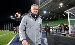 Fan Man Utd: 'Ole là gã hề, Fernandes không phải ông ta mang về!'