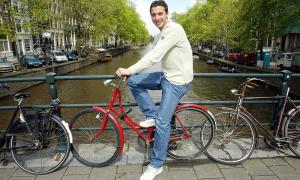 Ibrahimovic - kẻ trộm lớn lên từ gia đình đổ vỡ