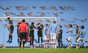 Man City 'nhấn chìm' Newcastle tại Etihad
