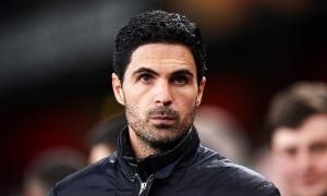 'Arsenal cần tống khứ 3 cầu thủ đó'