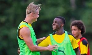 Haaland dành lời kiêng nể đến 'thần đồng' sinh năm 2003 của Dortmund