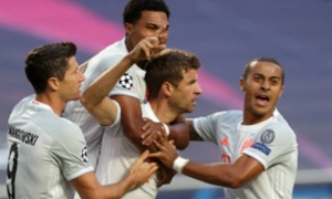 TRỰC TIẾP Barcelona 1-4 Bayern Munich: Muller lập công!