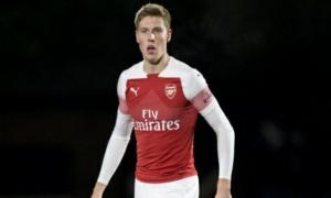 CHÍNH THỨC! Rời Emirates, sao Arsenal chuyển đến Giải hạng ba