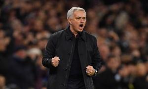 Spurs hòa tức tưởi, Mourinho bất ngờ lên tiếng 'cà khịa' Man United