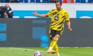 Trụ cột 'dính hạn', Dortmund đau đầu trước trận Derby