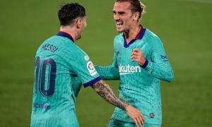 Griezmann hé lộ sự thật gây sốc về Messi tại Barca