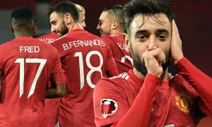 2 bàn thắng và 1 cử chỉ, Bruno Fernandes đã vượt mọi giới hạn ở M.U