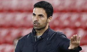 Cải thiện hàng thủ, Arsenal ký gấp 'kẻ thất sủng' của Man City trong tháng Một