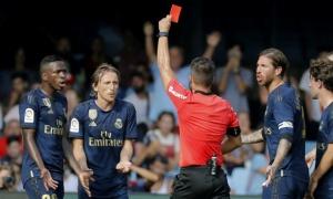 Modric có thể bị cấm thi đấu 1 tháng vì pha vào bóng ác ý với Suarez?