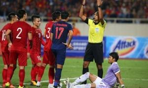 Cựu trọng tài Graham Poll nói thẳng về bàn thắng bị từ chối của ĐT Việt Nam