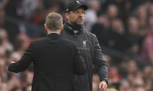 'Liverpool đang cách Man Utd rất xa, nhưng đó là Old Trafford...'