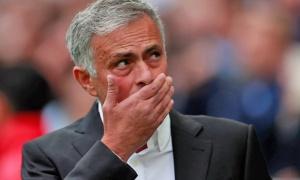 Bị MU bỏ rơi, làm gì nữa đây Mourinho?