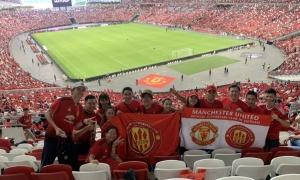 Fan Việt 'tiếp lửa' MU đánh bại Inter Milan tại Singapore