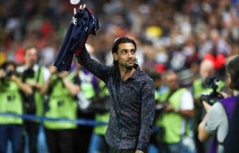 'Maradona mới' ngậm ngùi chia tay PSG trong đêm Paris lắng đọng