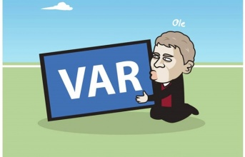 Cười té ghế với loạt ảnh chế Man Utd hòa Liverpool
