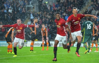 Điểm tin chiều 28/08: Mourinho thiết lập song sát mới; Leicester mạnh nhất nước Anh; HAGL chắc suất trụ hạng