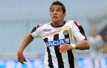 Alexis Sanchez thời còn tung hoành ở Serie A