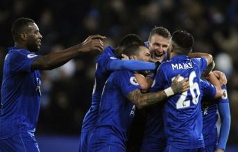 Sau vòng 26 NHA: Bi kịch Ranieri; Liverpool - Top 4 xa dần