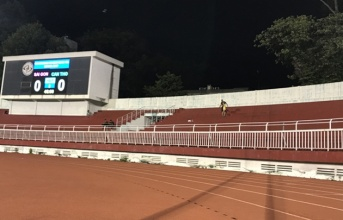 V-League 2017: Bơi trong tiếng thở dài...
