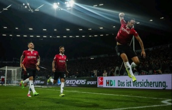 Hannover 96 - Thế lực đang làm rung chuyển Bundesliga