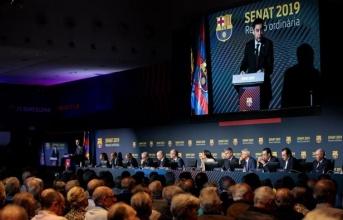 Trước 1000 thành viên, chủ tịch Barca ra phán quyết về tương lai của Valverde