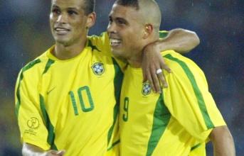 Huyền thoại Brazil tiết lộ lý do từ chối đến Man Utd