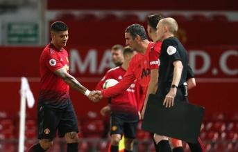 Tuyệt vọng, sao Man Utd buồn bã tiết lộ lý do phải rời Quỷ Đỏ