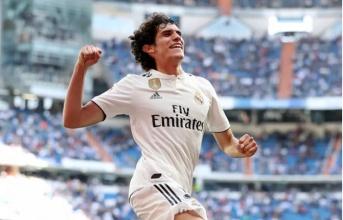 'Tôi muốn ở lại Real, Zidane bảo ông ta hài lòng vì tôi'