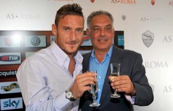 Xác nhận: Francesco Totti đang trên đường rời AS Roma