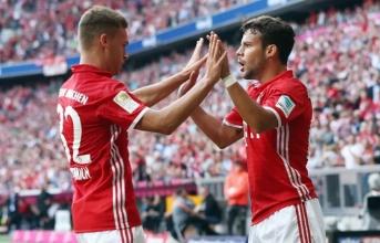 Muối mặt rời Bayern, 'đối tác ăn ý' của Neymar vẫn tìm được 2 thần tượng ở Đức