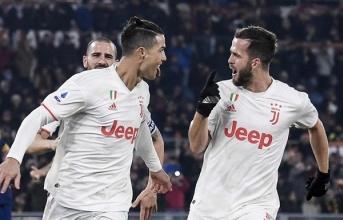 10 cầu thủ tích cực dứt điểm nhất tại Serie A 2019 - 2020: Bất ngờ với Balotelli, Ronaldo không thể khác