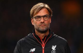 'Đó là cái tên thích hợp nhất để Klopp mua về thay thế Van Dijk'