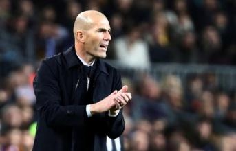 Vắng Ramos, Zidane vẫn tìm ra 'siêu bí kíp' cho hàng phòng ngự