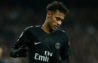 PSG muốn tăng lương cho Neymar ngang Messi