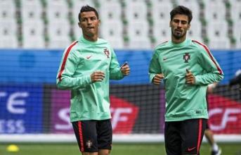 Sao Barca vẫn luôn nể phục Ronaldo
