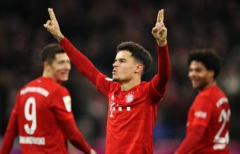 Coutinho lập hattrick, Bayern Munich 'chơi tennis' trước Werder Bremen