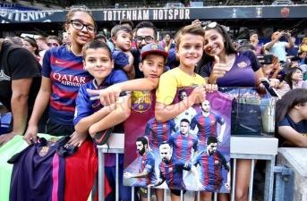Người hâm mộ tại Mỹ phát cuồng vì Messi và các đồng đội