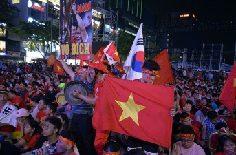 CĐV Việt Nam nếm trải hương vị vô địch SEA Games sau nhiều năm chờ đợi