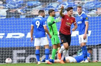Tái đấu Brighton, Solskjaer thay gần nguyên cả đội hình