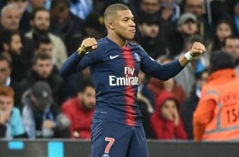 Động thái 'lạ' của Mbappe giành cho Barca sau khi lỡ hẹn với Camp Nou 2017