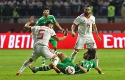 """Iran dẫn đầu bảng D sau trận """"đấu võ đài"""" với Iraq"""