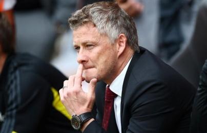 Sau Scholes, đến lượt Neville kêu gọi sự kiên nhẫn ở Man Utd